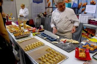 on-teste-des-appareils-pour-daire-la-cuisine