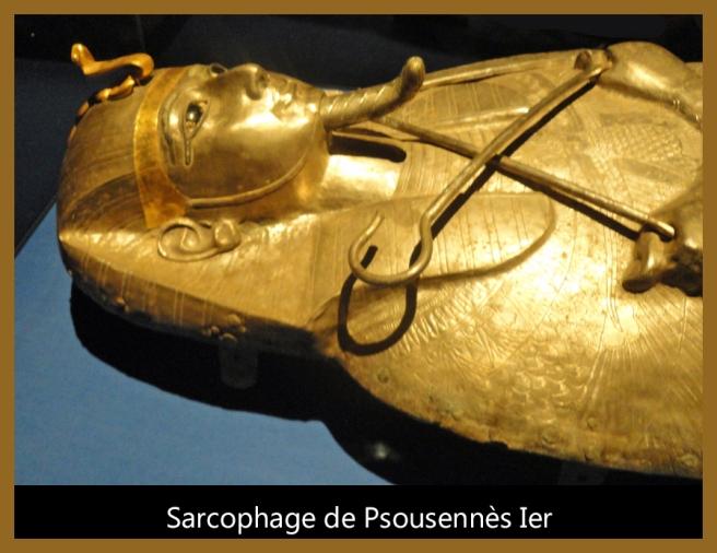 02-Sarcophage de Psousennès Ier