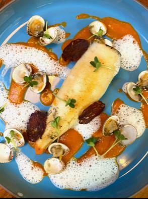 CAFÉ PAULETTE dressage des calamars sur l'assiette
