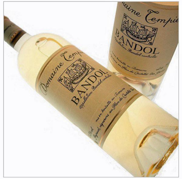 CAFÉ PAULETTE Le vin est un Bandol blanc rare du domaine Tempier