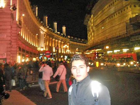 CASARELLA, ROSARIO à Londres