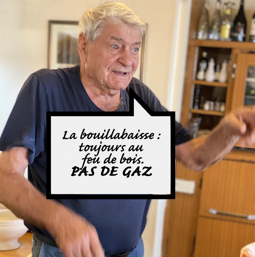CHEZ RAYMOND QUI PARLE DU FEU DE BOIS